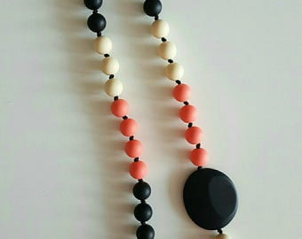 Breastfeeding and Babywearing food grade silicone necklace