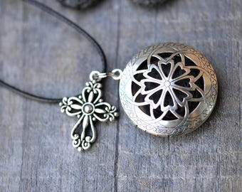 Lava Stone Essential Oil Diffuser Necklace/Celtic Filigree Cross/Aromatherapy/With a Choice of Essential Oil(2ML)
