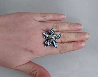 Black striped fabric adjustable flower ring