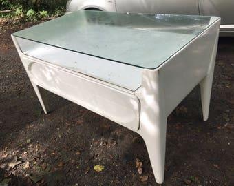 superbe meuble en bois des années 60, fonction vitrine & tiroir commode, super décoratif_  beautiful wooden furniture 60s, showcase function