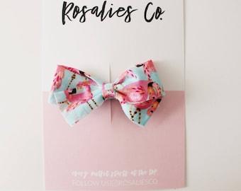 FLAMI  - Baby Headbands, Baby girl headbands, Baby bows, Newborn headbands, Nylon Headbands, Baby girl valentines day outfit