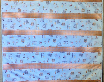"Baby Quilt ""Orange Teddies"""