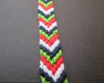 Kit de création pour 1 bracelet brésilien rouge, vert, blanc et marine