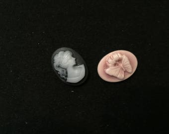 2 cabochons oval resin woman and 18mm x 13mm Butterfly cameo