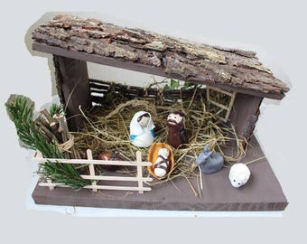 Christmas, Nativity, creche standard 6 characters with barn wood
