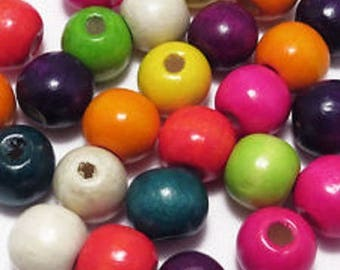 100 ROUND COLORED WOODEN BEADS MIX 8 MM NEW