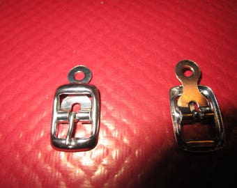metal nickelee square buckles and chappe
