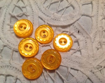 Six buttons yellow-orange, 70-80