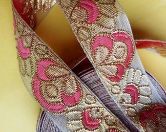 Decorative trim Golden pink Lace Scarf Dupatta Border Saree Border Fabric Lace Indian Trim-Width 1.00 inch - Price for 01 Yard NFL05