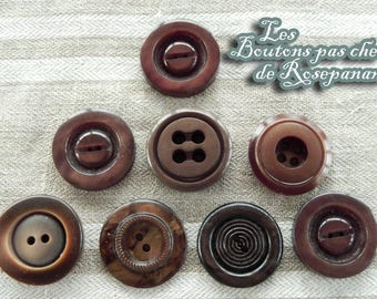 8 vintage buttons Brown diameter 2.1 to 2.2 cm - assortment for your sewing books