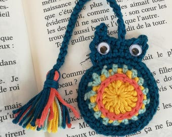 Colorful crocheted cotton owls bookmarks