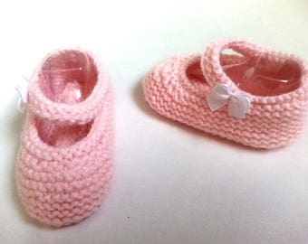 "Little feet ""so babies"" pale pink 3-6 months - booties"