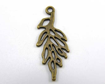 Set of 5 30 mm leaf charms bronze
