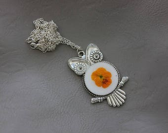 Necklace + pendant OWL resin and dried flower Pansy yellow/Orange