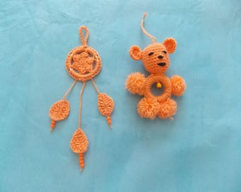 set of 2 small catches dreams crochet