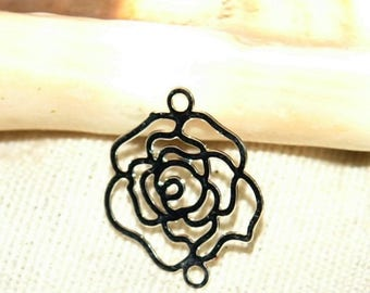 print or silver chandelier shaped silver metal rose