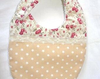 Bavoir tissu coton étoiles, liberty avec des roses et éponge pour les bébés de la naissance à 12 mois
