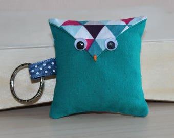 OWL Keychain - triangles pattern