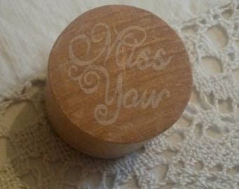 "Wooden stamp / message ""Miss you"" ink"