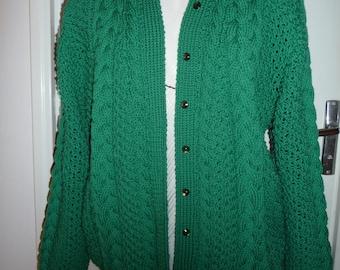 jacket meshes Irish green handmade - 100% Merino Wool knit