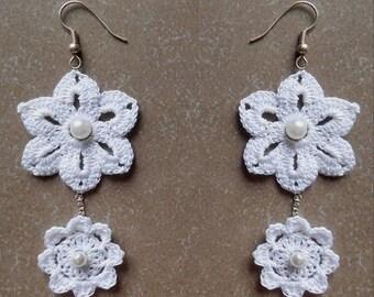 white lace crochet flower  earings