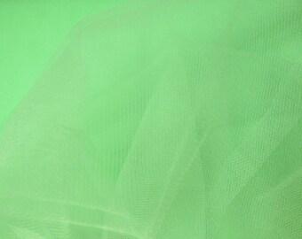 100 meter soft pistachio green tulle width 300 cm