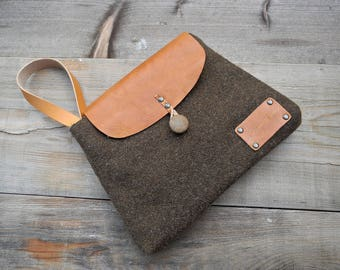 Bag - wool and leather