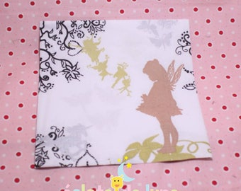 2 towels in paper patterns on white background 33 fairy garden / 33cm