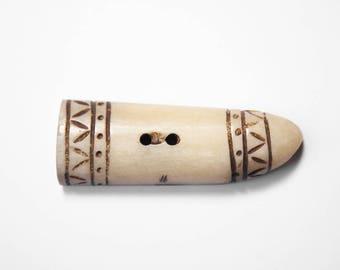 Button Brandenburg handmade Horn Yak Beige Brown 4.5 cm x 1