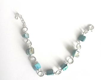 Mother of Pearl turquoise blue colored bracelet