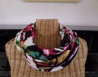 snood in shades of pink, black, white, green stretch