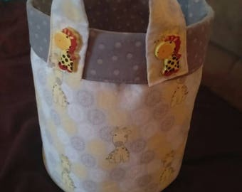 Fabric organizer with cute gireffes