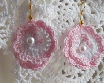 PEARL EARRINGS AND COTTON PINK AND WHITE