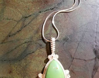 Handmade Sterling Silver Green Tourqious Pendant necklace