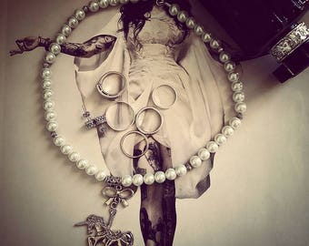 "Necklace beads cream ""Angelic"" silver color"