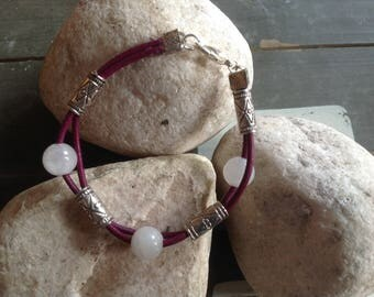 BRACELET leather purple, pink beads.