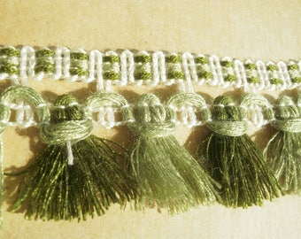 "Braid a fringe ""tassel"", synthetic, ecru and green tones, width 4 cm"