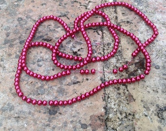 Pearl glass bead Red