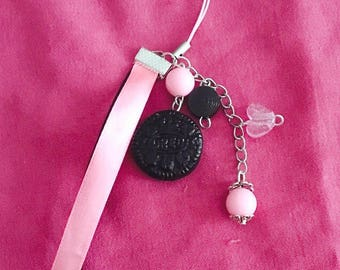 Jewelry bag / laptop key delicious pink oreo polymer clay