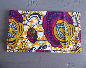 Tobacco pouch in yellow and red wax