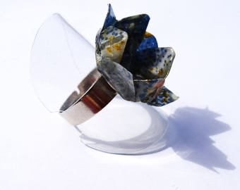 """Origami Peacock"" ring lotus"