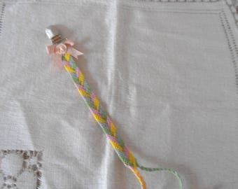Clip multicolored cotton blanket or pacifier clip