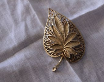 Coro Leaf Brooch