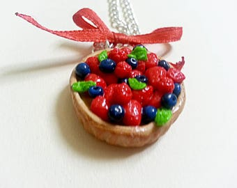 Pie necklaces red fruit with a knot