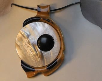 """""""fish eye"""" 4, white mother of Pearl inlay and ebony necklace"""