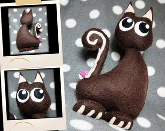 Plush little Brown and beige cat APLUCHES