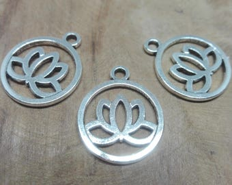 "Set of 10 charms openwork patterns ""Lotus Flower"", flat round, lead free, antique silver, 24 x 20 x 1.5 mm, hole: 2.3 mm"
