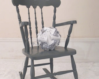 Light grey and white - cozy and trendy decoration ball