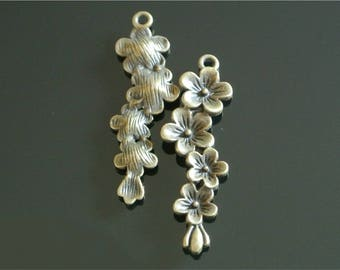 Set of four attractive 4 bronze charms drop flower cluster 55 x 19 x 5 mm, antique bronze metal, hanging hole: 3 mm