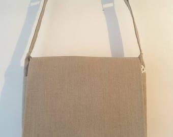 Shoulder bag in khaki linen fabric